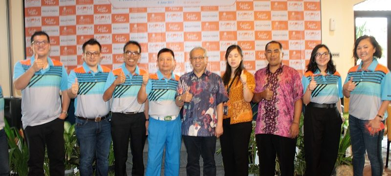 Sponsor dan pendukung MPM Ultimate Series Golf Tournament berfoto bersama di Palm Hill Golf Club, Sentul, Bogor, Kamis (8/6/2017).