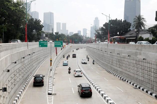 underpass Mampang