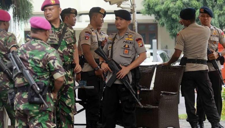 personel gabungan dari TNI-Polri