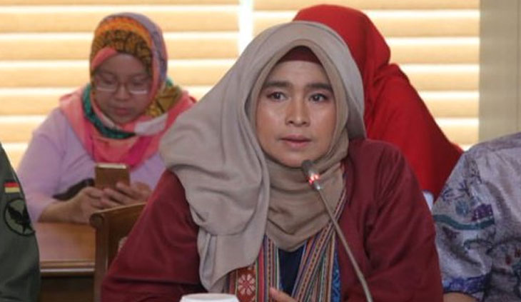 Aktivis Gerakan #2019GantiPresiden Neno Warisman
