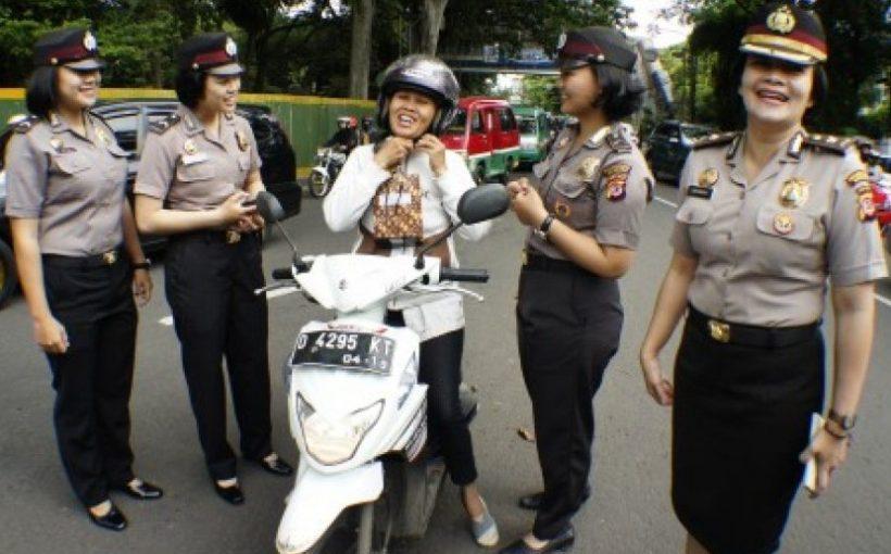 Satuan Polisi Wanita (Polwan)