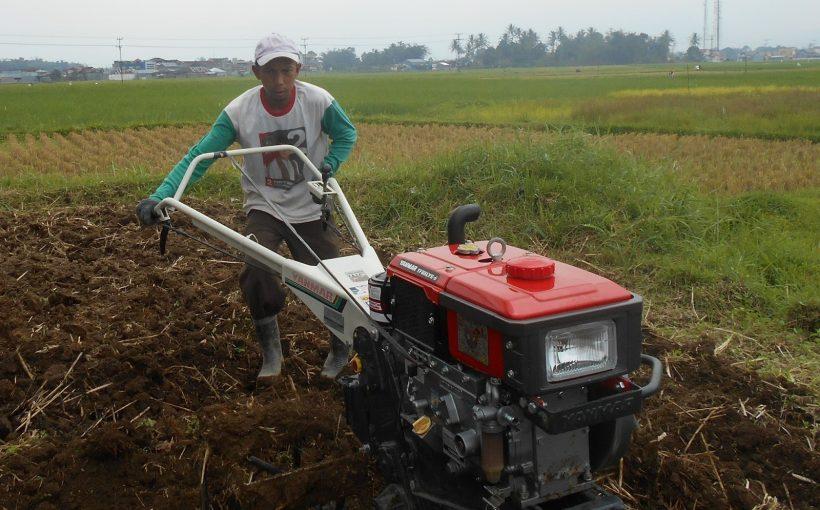 mesin pertanian (alsintan) pra panen