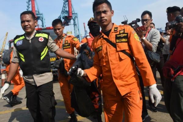 pesawat Lion Air yang jatuh di perairan Karawang
