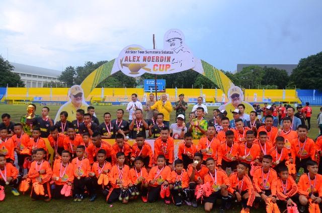 peserta coaching clinic dan festival sepakbola Alex Noerdin Cup 2019