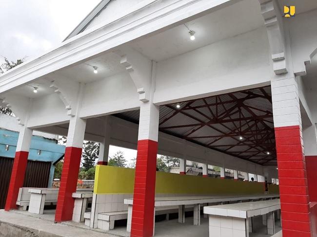 Kementerian PUPR Tuntaskan Rekonstruksi Pasar Wouma di ...